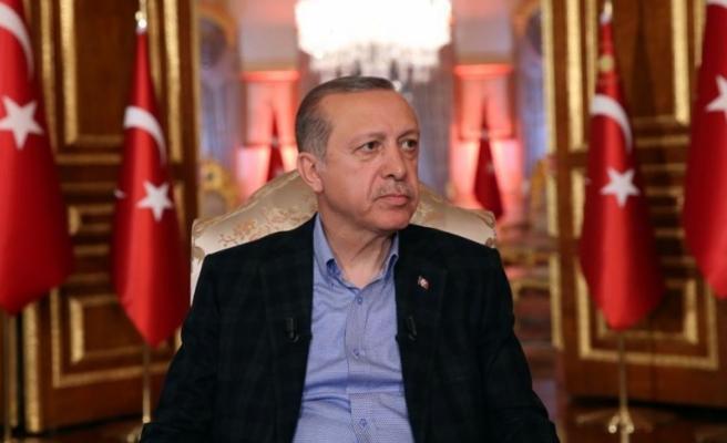 Cumhurbaşkanı Erdoğan: Genel Başkanı olduğu siyasi partinin mazisinden haberi yok