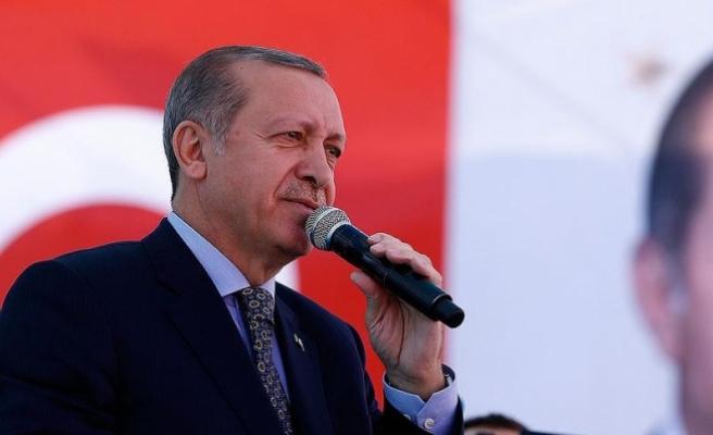 Erdoğan: Elinde silahla dolaşanlarla barış olur mu?