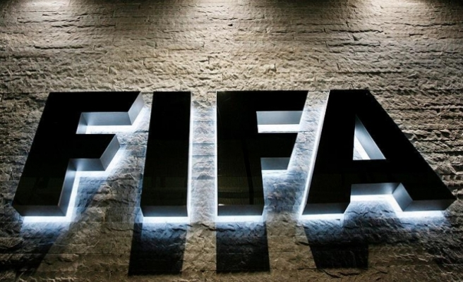 FIFA 369 milyon dolar zarar etti