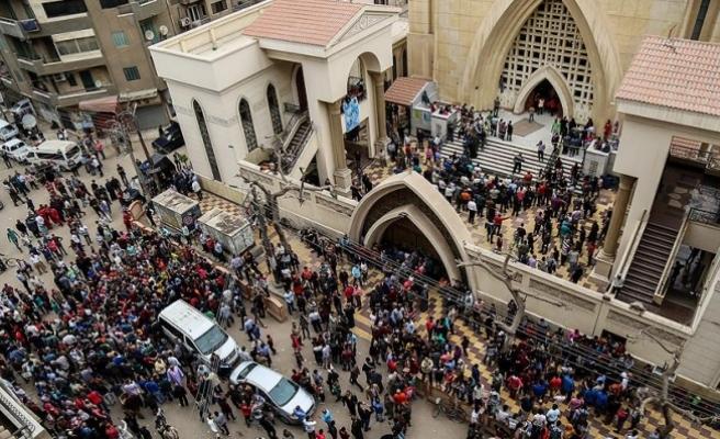 Gazze'de İçişleri Bakanlığı ile Mursi'nin ailesi Mısır'daki saldırıyı kınadı