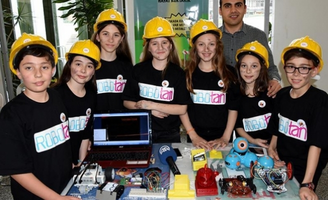 Genç mucitlerden insanı yaşatmaya yönelik projeler