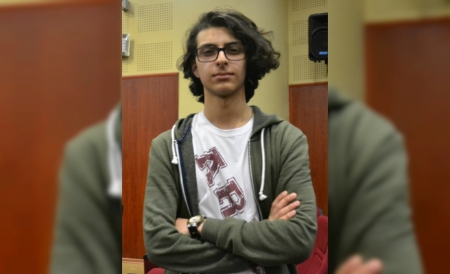 """""""Gülten Özaydın Genç Yazarlar Öykü Yarışması"""" ödülleri verildi"""