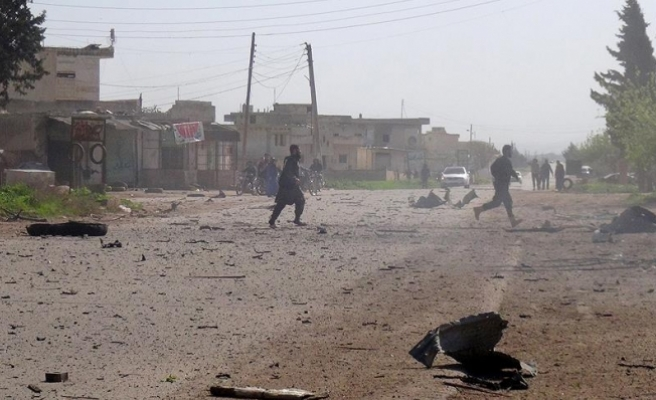 İdlib'e yönelik bombardıman devam ediyor