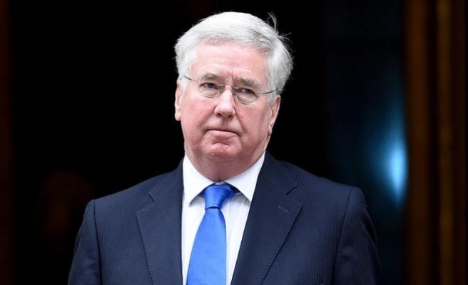İngiltere Savunma Bakanı Fallon: Umuyorum ki Rusya dün geceden ders çıkaracak