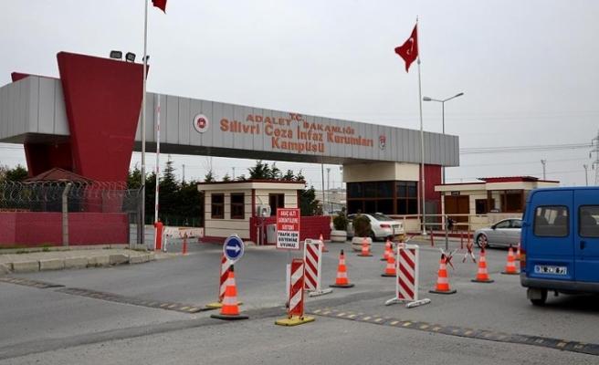 İstanbul'da çevik kuvveti işgal girişimi davasında tutuksuz sanıklar savunma yapıyor