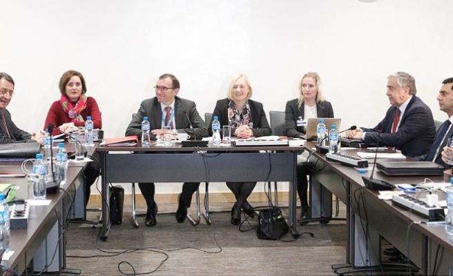 Kıbrıs müzakereleri 11 Nisan'da yeniden başlayacak