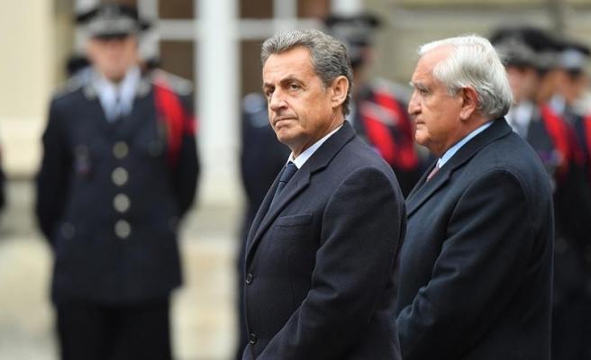 Sarkozy, Le Pen'e karşı Macron dedi