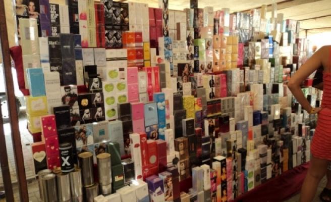 Semt pazarlarında satılan kozmetik 600 milyon dolara ulaştı