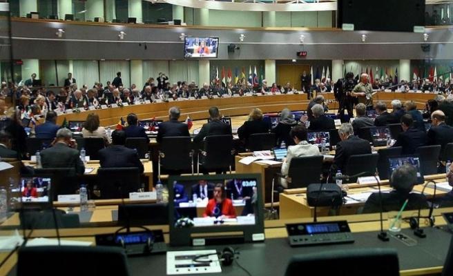 Suriye Konferansı'nda 6 milyar dolar bağış sözü verildi