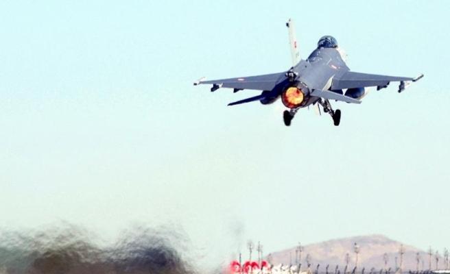 TSK'dan Irak'ın kuzeyinde Metina kırsalına hava harekatı