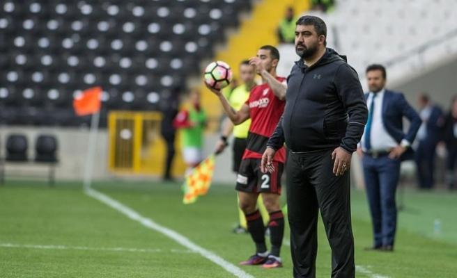 Adana Demirspor'da teknik direktörlüğe Ümit Özat getirildi