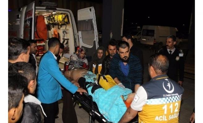 Van'da AKP ilçe başkanının konvoyuna PKK saldırısı 1 şehit