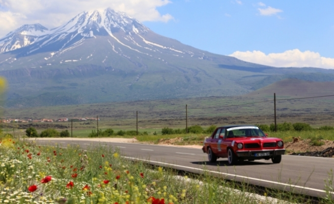 4. Ihlara Klasik Otomobil Rallisi sona erdi