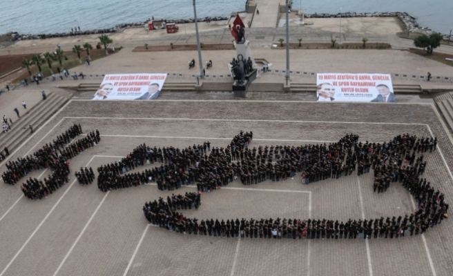"""Bedenleriyle """"Atatürk imzası"""" yaptılar"""