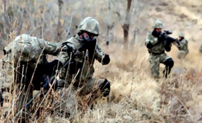 Hakkari'de teröristler karakola sızmaya çalıştı