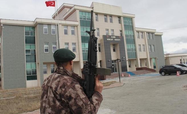 'Silahlı çatışmaya girin komutanınızı kurtarın'
