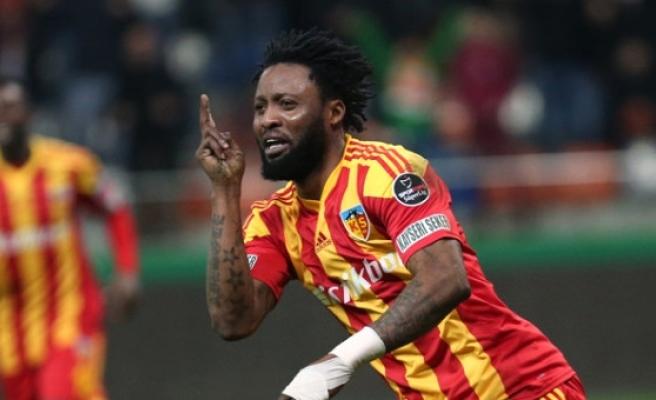 Kayserispor, Adanaspor'la Berabere Kalarak Ligde Kalmayı Garantiledi