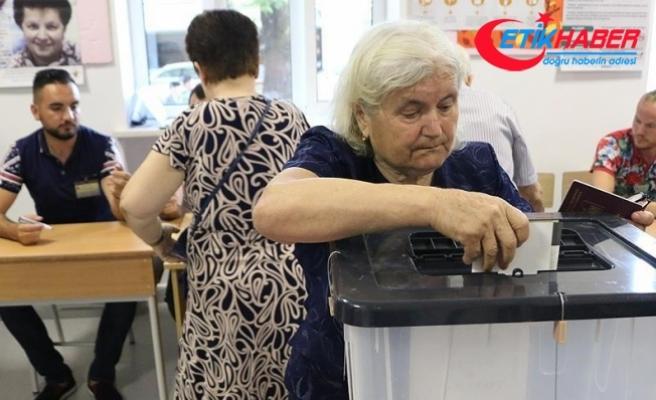 Arnavutluk'ta genel seçimi Rama kazandı