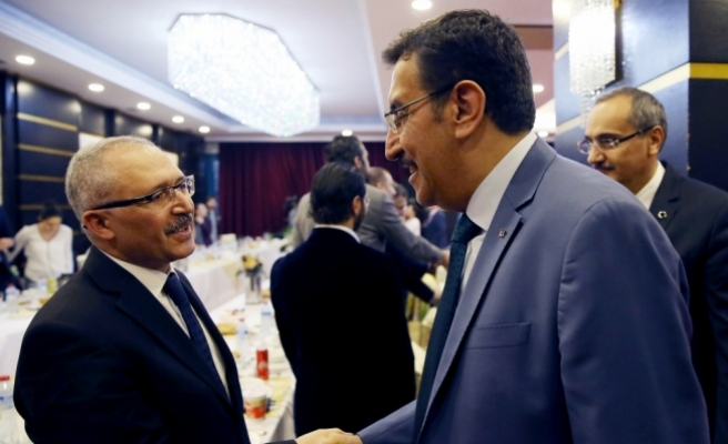 Gümrük ve Ticaret Bakanı Tüfenkci: İhracatçıya 900 litre ÖTV'siz yakıt