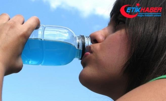 Spor tesisleri ve okullarda enerji içeceği satılmayacak