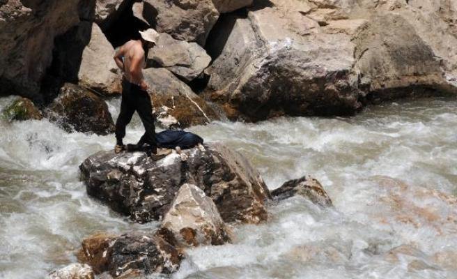 Zap Deresi'nde 11 gündür aranan Miraç'ın cesedi bulundu