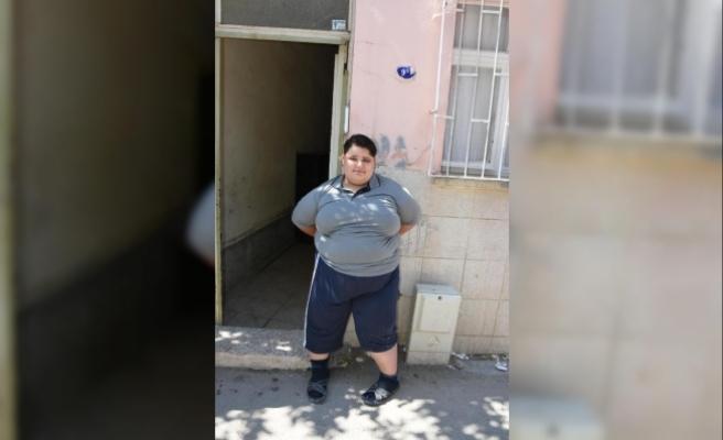 10 yaşında 165 kiloya ulaştı