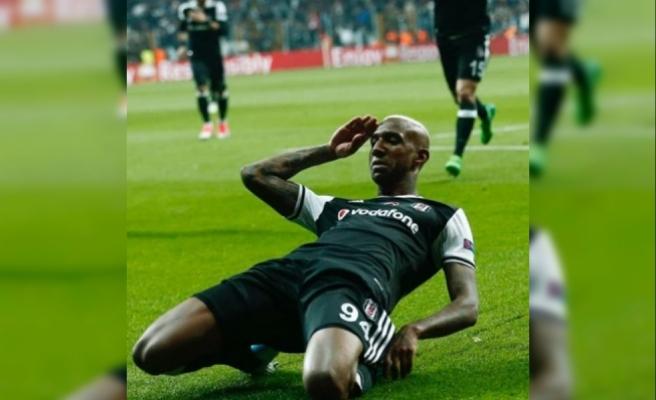 Talisca: Bir Yere Gitmiyorum, Ben Beşiktaş'ın Futbolcusuyum