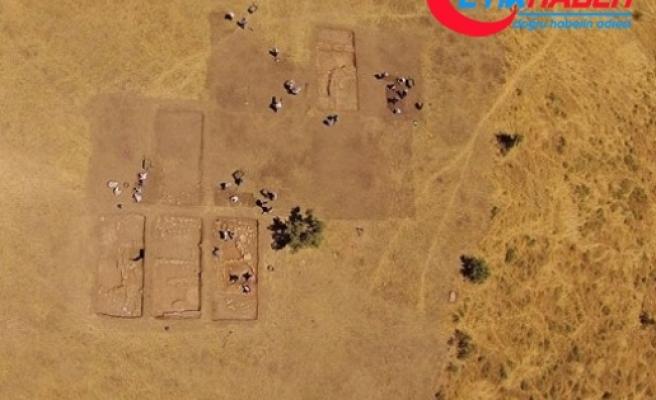 Bu tarla M.Ö 10 bin yıl önceki gömülme yöntemini aydınlattı!