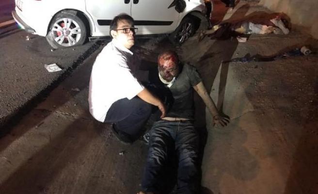 Bursa'da trafik kazası: 2 ölü, 18 yaralı