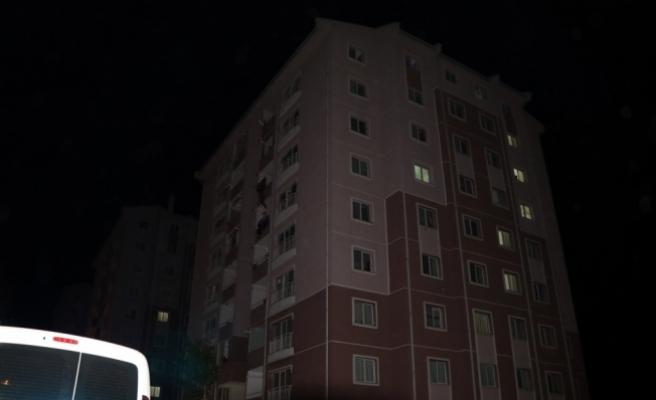 Çankırı'da 8'inci kattan düşen kişi öldü