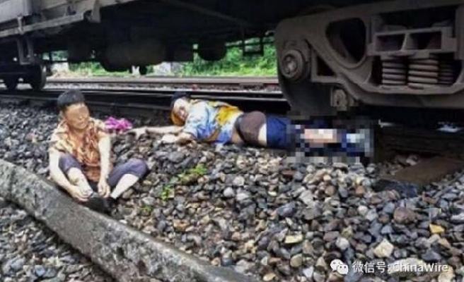 Çinli kondüktör yaşlı kadını kurtarırken bacağını kaybetti