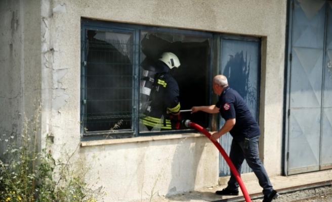 Düzce'de hasta kayıtları bulunan depo yandı