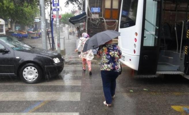 Edirne'de dolu ve sağanak yağmur