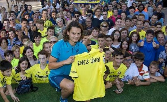 Enes Ünal, Villarrealli taraftarlarla buluştu