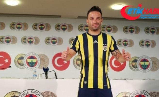 """Fenerbahçeli Valbuena: """"Önemli olan gelişim gösteriyor olmamız"""""""