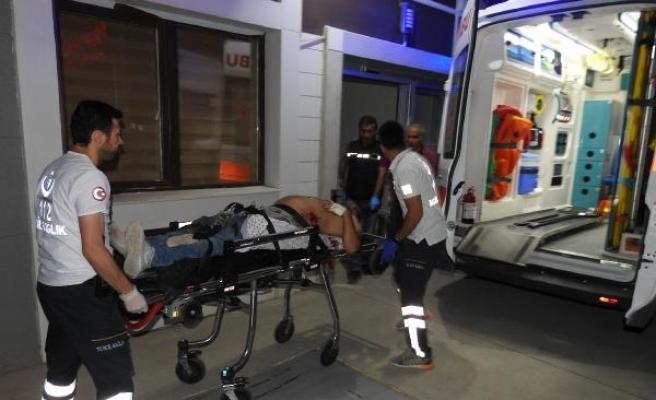 Genç kadın dövülerek öldürüldü, yanındaki kişi ise silahla yaralandı