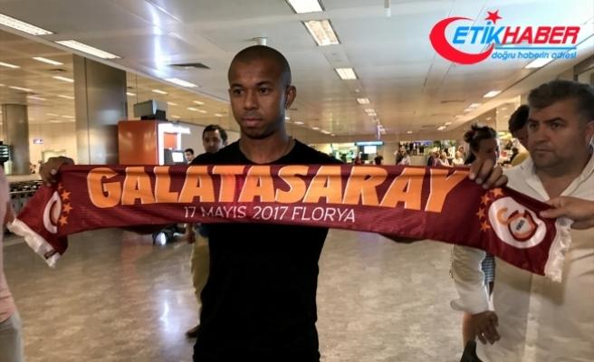 Mariano Ferreira Filho Galatasaray için İstanbul'a geldi