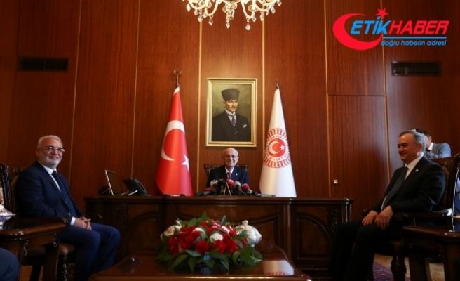 Meclis İçtüzüğü değişikliği TBMM Başkanı Kahraman'a sunuldu