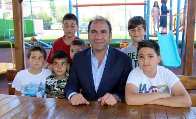 "Sivasspor Başkanı Otyakmaz: ""Taraftarımız telaşa kapılmasın"""