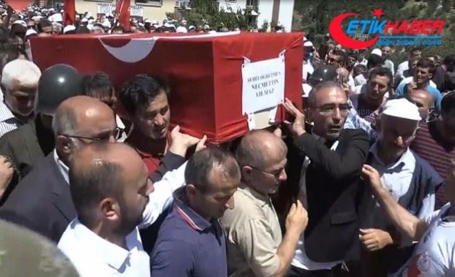 Teröristlerin şehit ettiği öğretmen için cenaze töreni