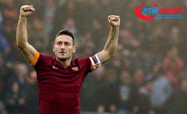 Totti, Roma kulübünde yönetici olarak devam edecek