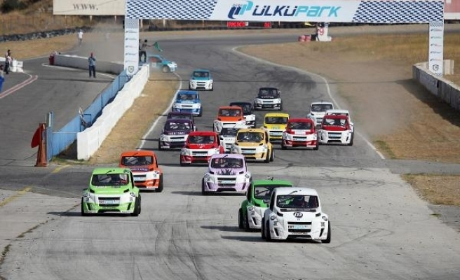 V1 Challenge'ta heyecan İzmir Ülkü Park'ta başlayacak