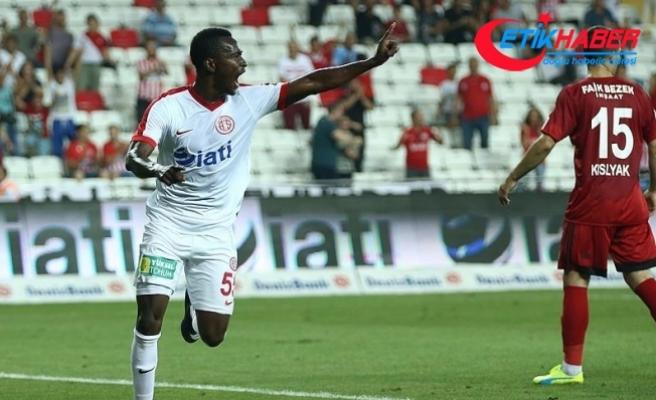 Drole: Amcamın aldığı biletle Antalyaspor'a geldim