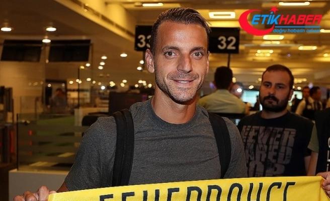 Fenerbahçe'ye 6 yıl sonra İspanyol santrfor