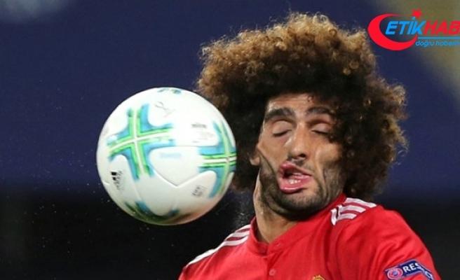 Yüzüne Top Çarpan Futbolcu Fellaini'nin Fotoğrafı Herkesi Güldürdü