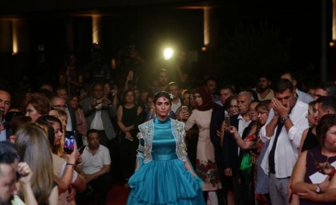 24. Uluslararası Adana Film Festivalinde şarkıcı Nilüfer konser verdi