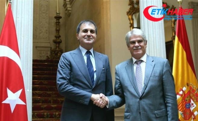 AB Bakanı Çelik İspanya Dışişleri Bakanı Dastis ile görüştü