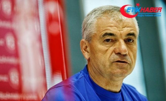 Trabzonspor Teknik Direktörü Çalımbay'dan savunma oyuncularına uyarı