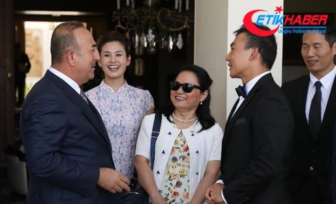 Çavuşoğlu Çinli yıldız Will Liu'yu kabul etti