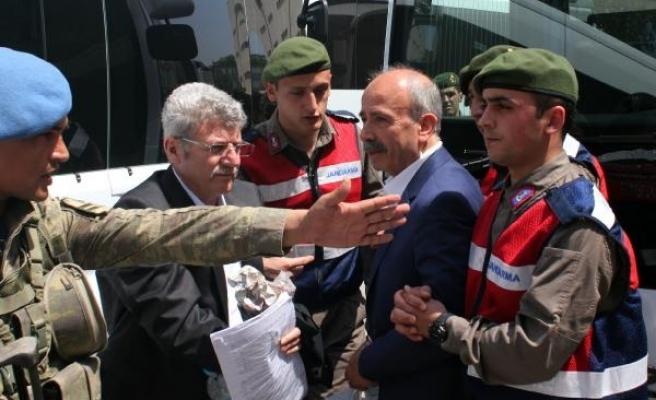 FETÖ'den yargılanan Bursa İl Milli Eğitim eski Müdürü tahliye edildi